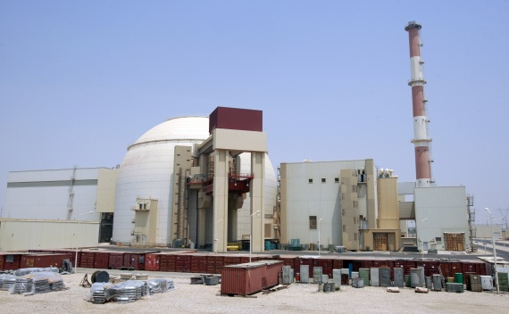 A view of the Bushehr main nuclear reactor south of Tehran, Iran on August 21, 2010 (Courtesy Reuters/Raheb Homavandi).