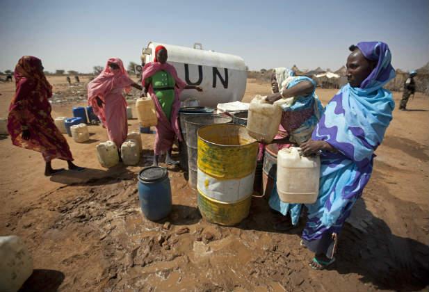 women sudan darfur water corruption UN