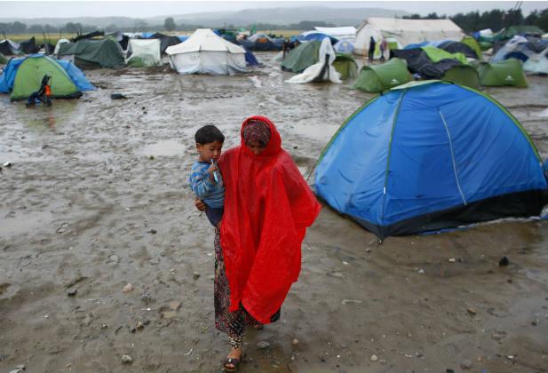 Woman child refugee Greece Idomeni Syria