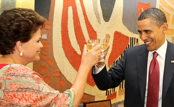 U.S. President Barack Obama and Brazil's President Dilma Rousseff toast during lunch in Brasilia