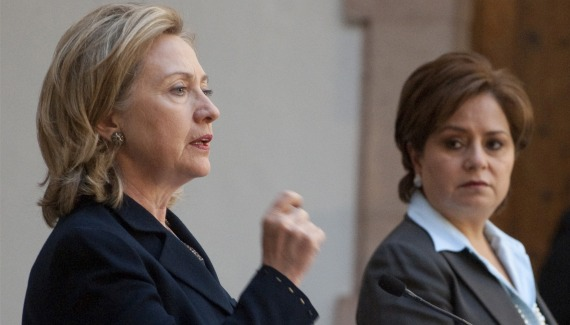 US Secretary of State Clinton and Mexican Foreign Minister Espinosa (Saul Loeb / Courtesy Reuters).